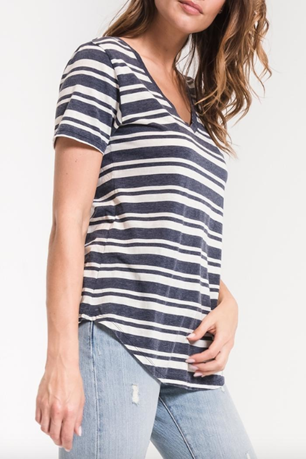 z supply Striped V-Neck Tee - Side Cropped Image