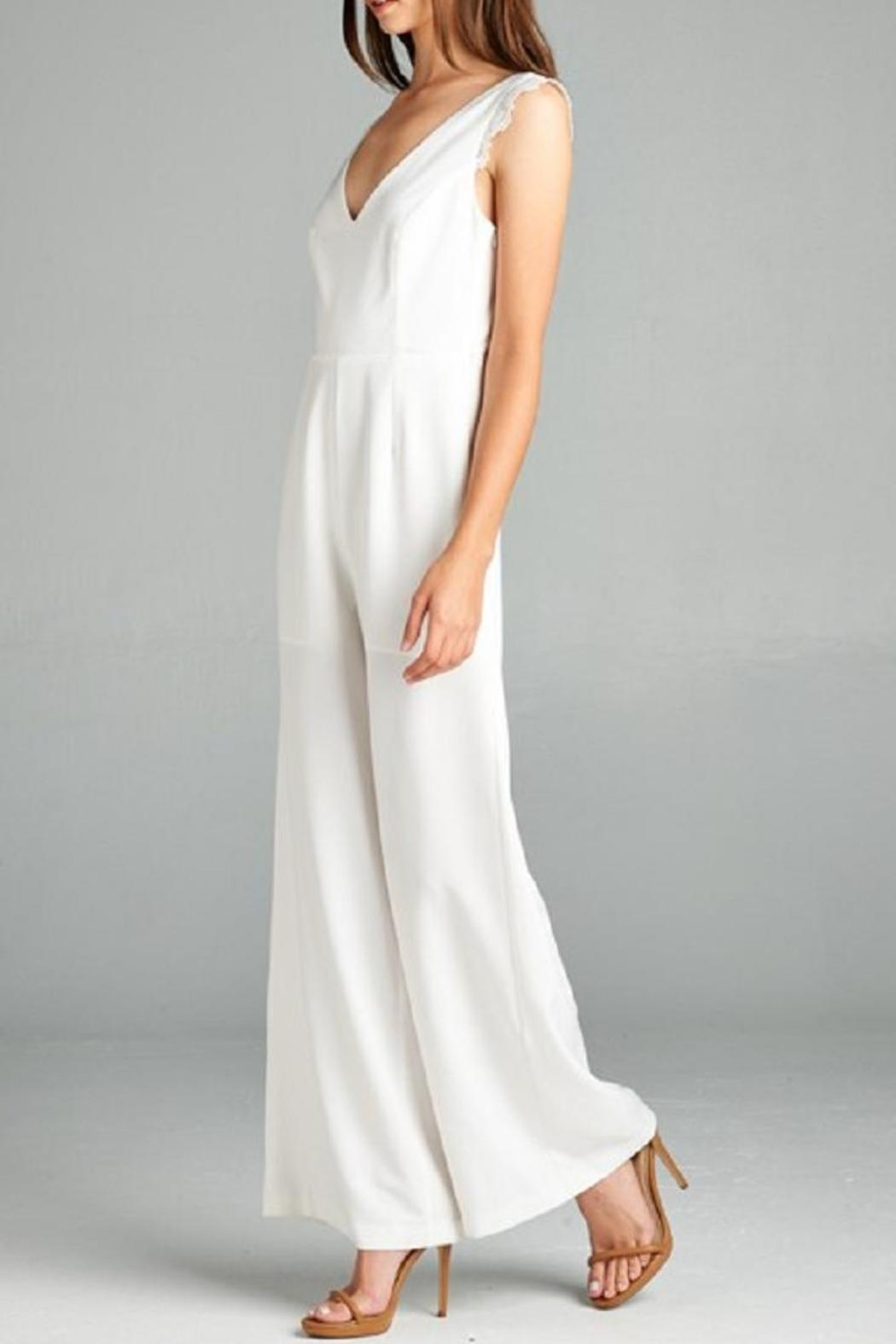 Where can i buy a white dress