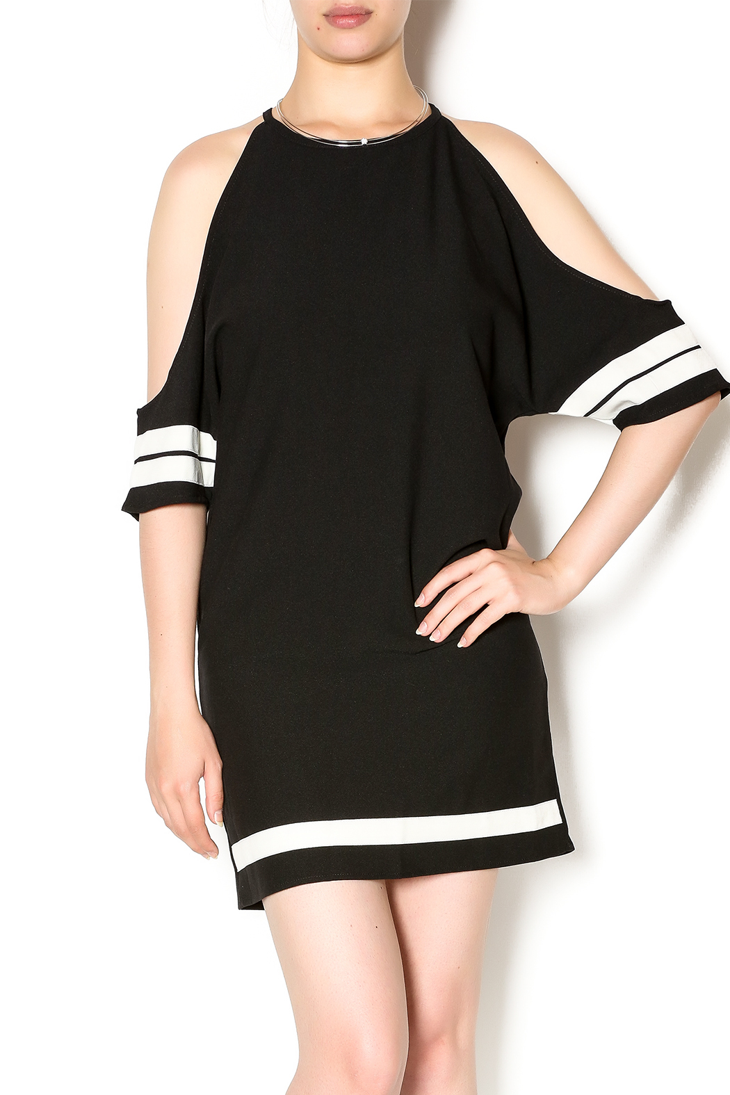 Style for S Sporty Cold Shoulder - Main Image
