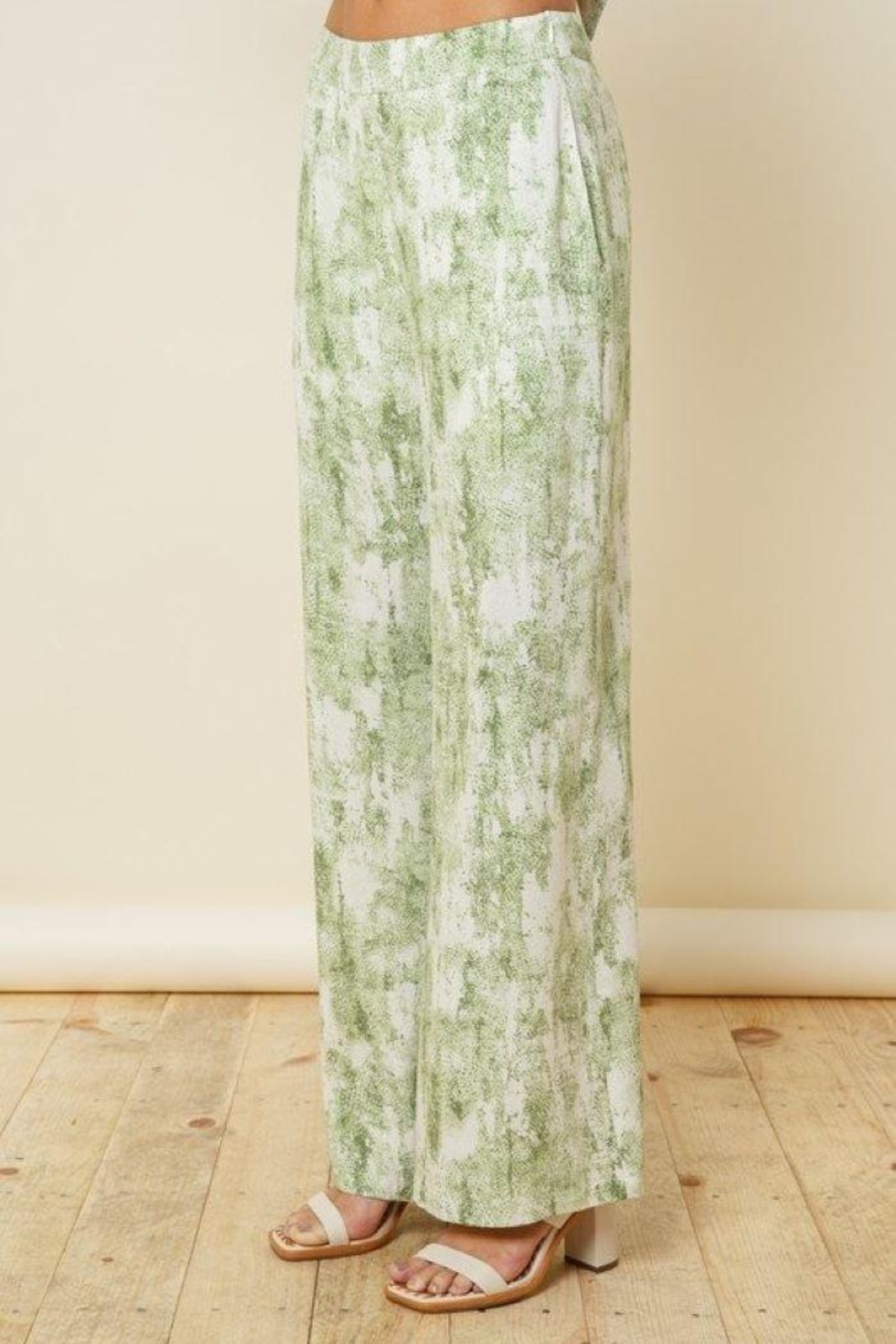 Style Rack Olive Tie Dye Flare Plants - Front Full Image