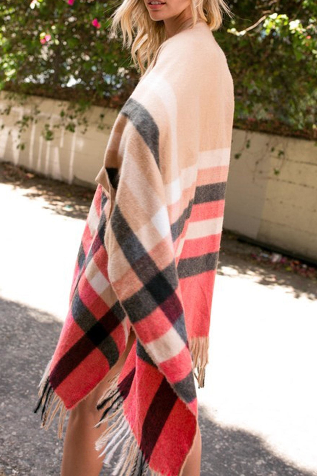 Style Trolley Erin Plaid Poncho - Side Cropped Image