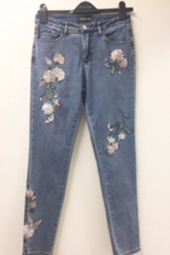 """Shoptiques Product: Stylish high waisted 5 pocket crop jeans with """"Floral Applique"""""""