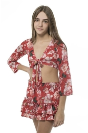 Submarine Red Flower Crop - Front full body