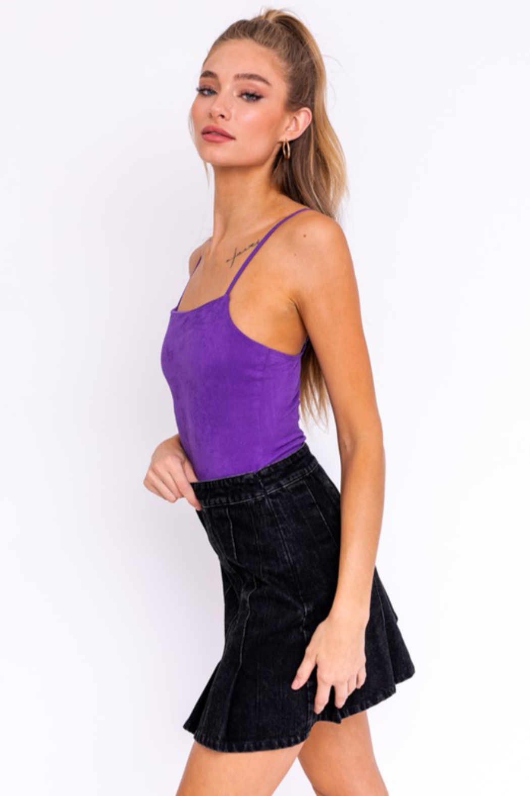 Le Lis Suede Ribbed Bodysuit - Side Cropped Image