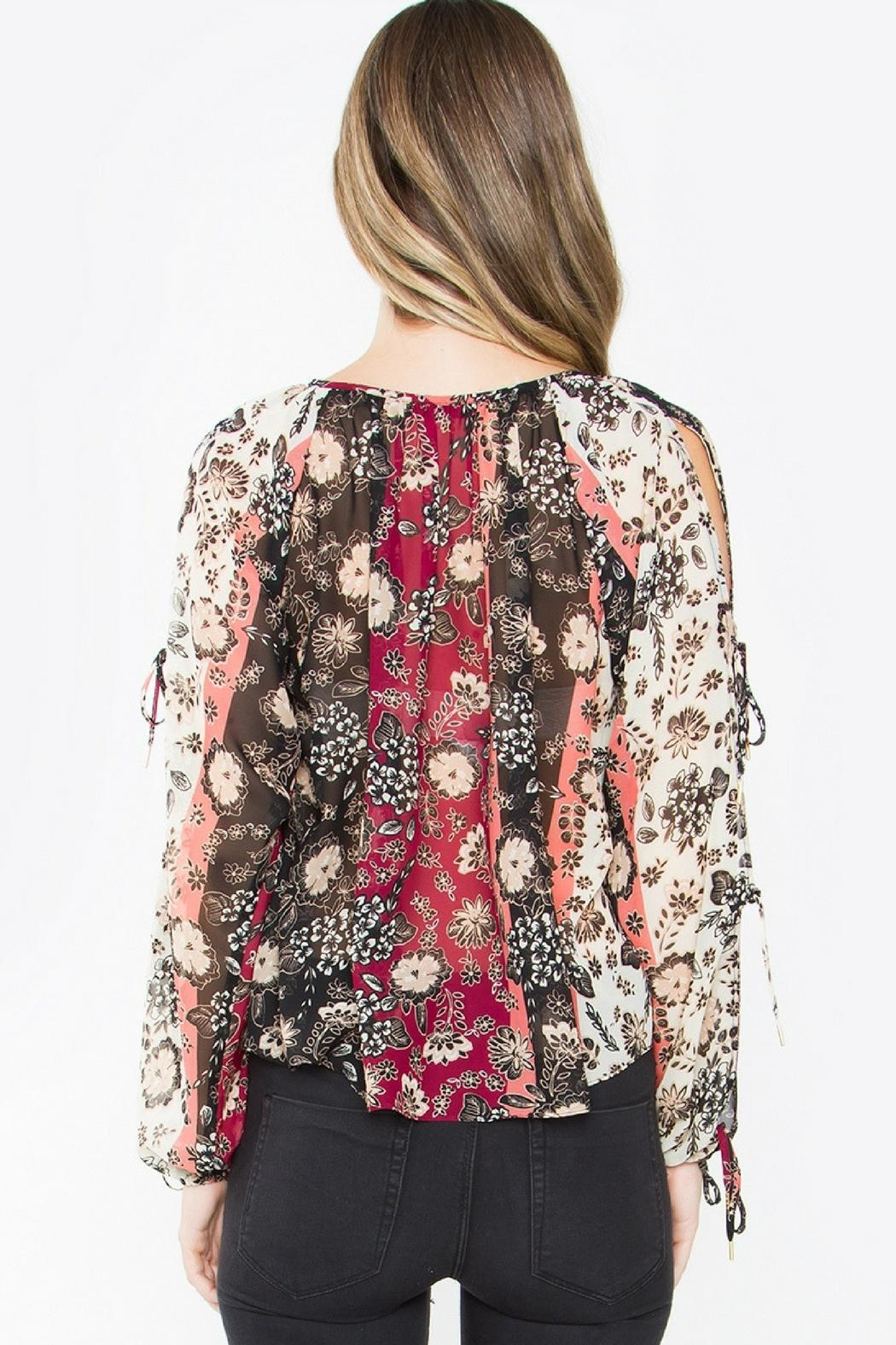 Sugar Lips Floral Print Top - Side Cropped Image