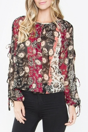 Sugar Lips Floral Print Top - Product Mini Image