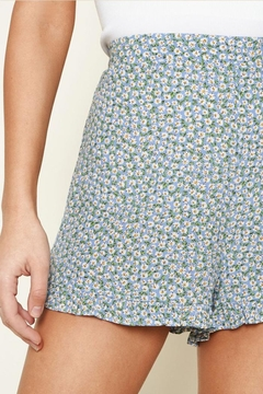 Sugar Lips Floral Ruffle Shorts - Alternate List Image