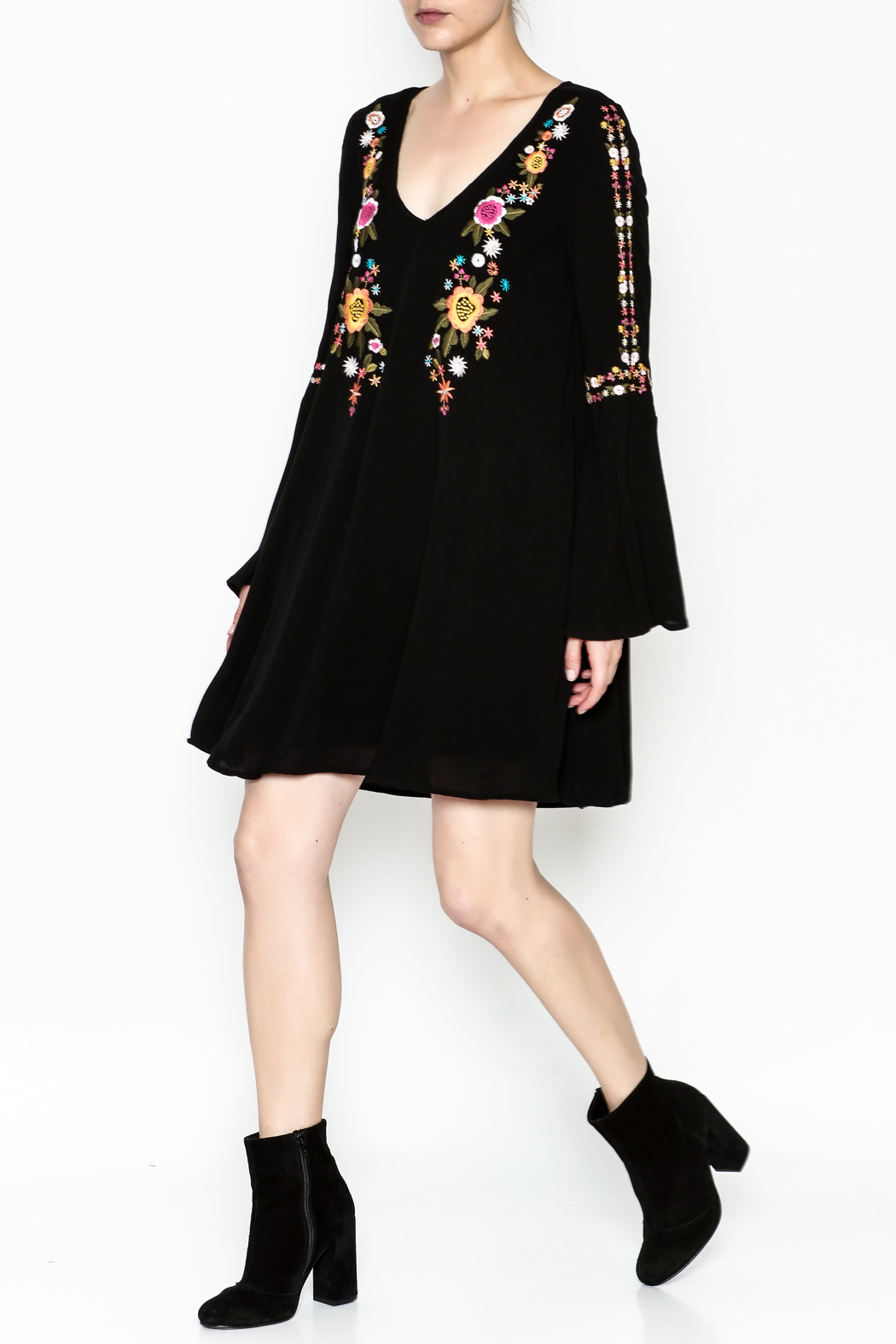 Sugarlips Alla Embroidered Dress - Side Cropped Image