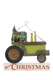 Sullivans Merry Christmas Tractor - Front cropped