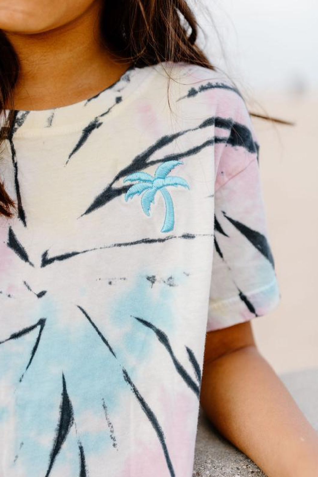 Tiny Whales  Sumer Nights Boxy Tee - Side Cropped Image