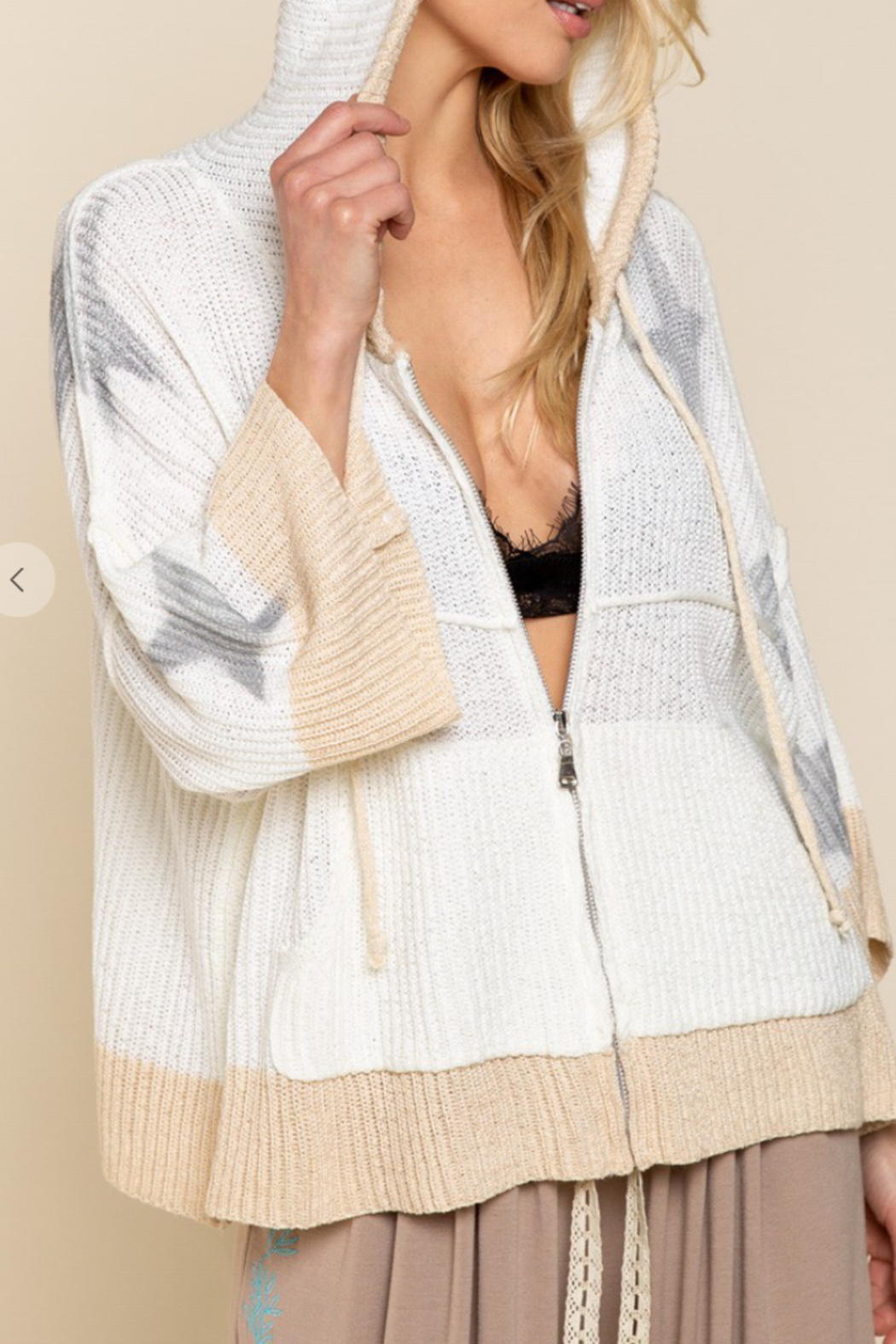 POL  Summer Star Sweater - Side Cropped Image