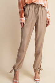 Kori Summer Trend pants - Front cropped