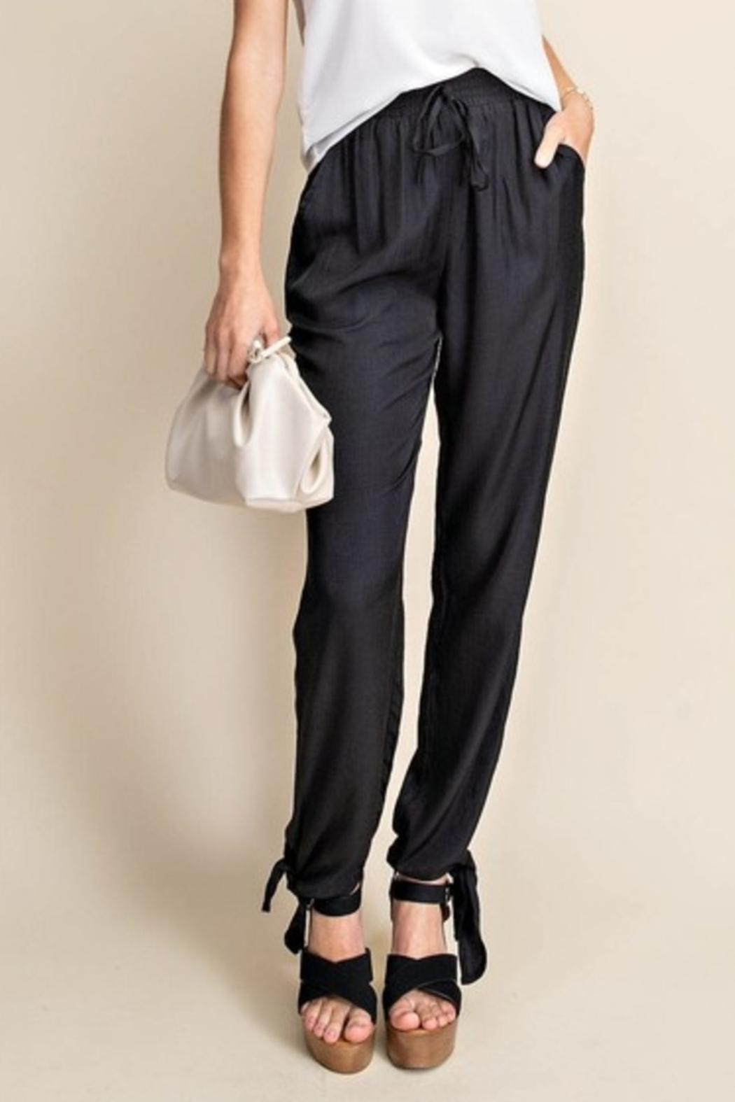 Kori Summer Trend pants - Front Cropped Image