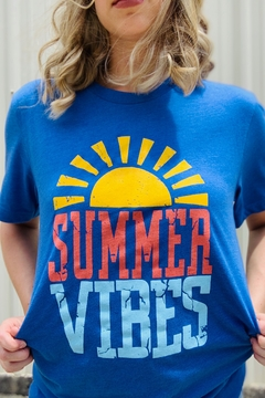 kissed Apparel Summer Vibes Tee - Alternate List Image