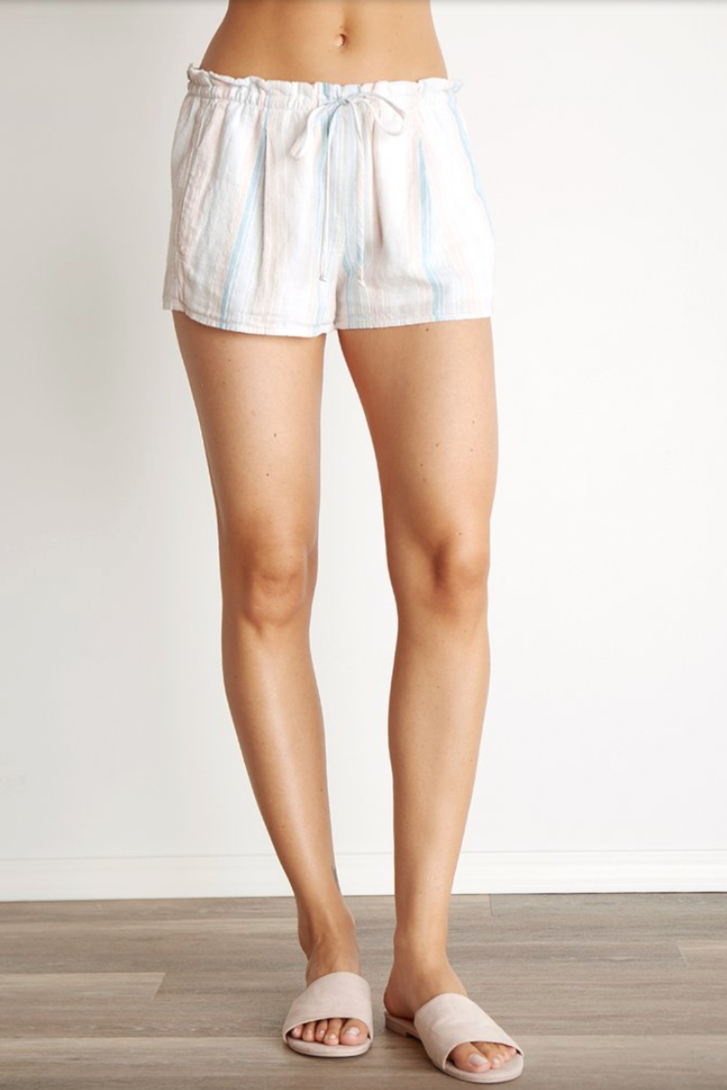 Bella Dahl Sunburst Pleated Short - Front Full Image