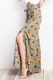 easel Sunflower Pants - Front cropped