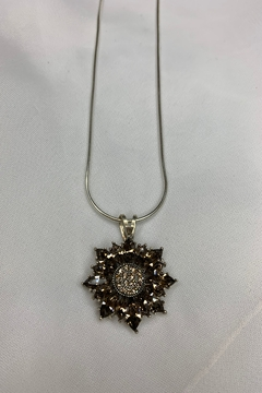deannas Sunflower Pendant Necklace - Alternate List Image