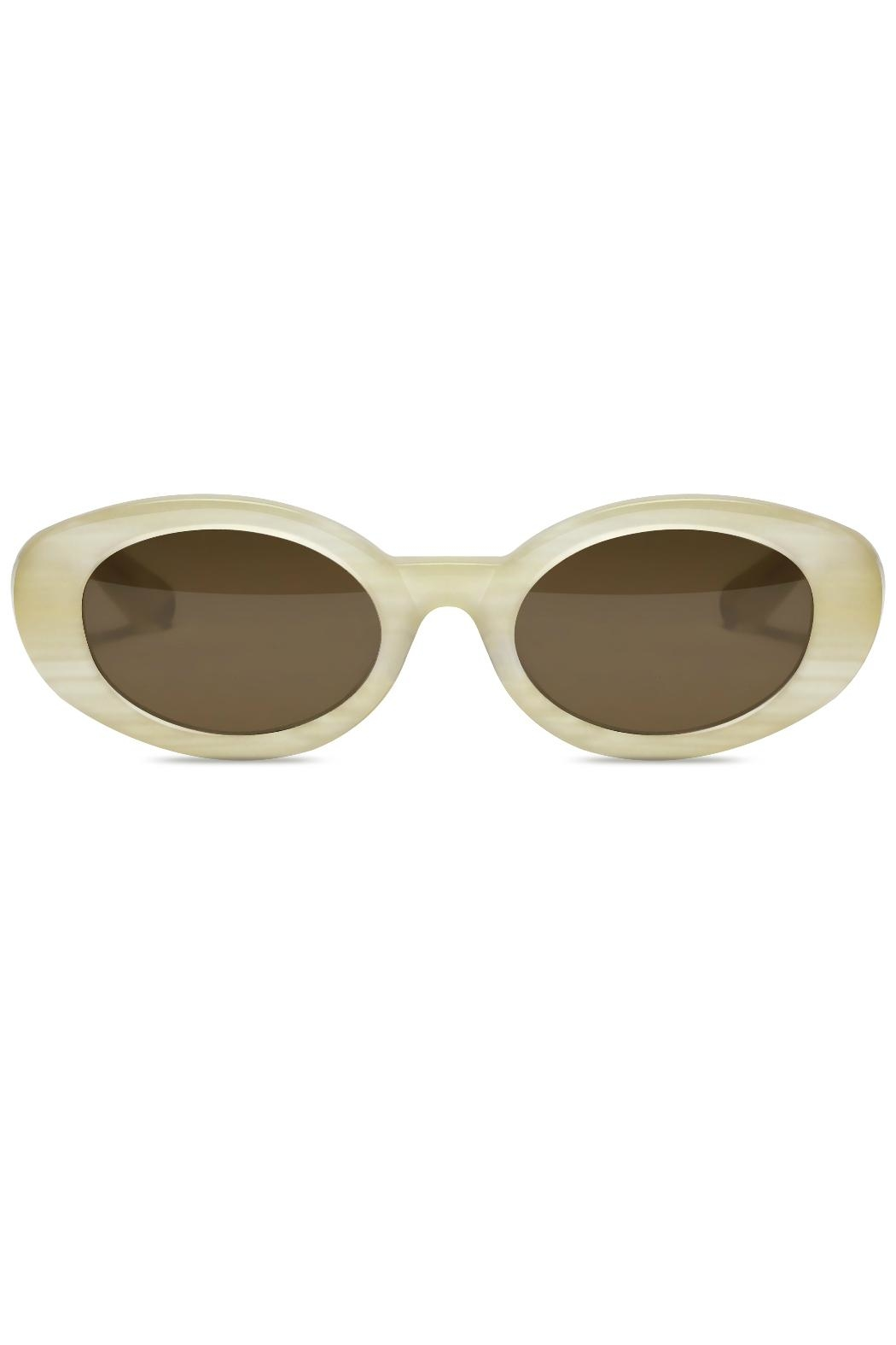 Elizabeth and james Sunglasses McKinley White - Front Cropped Image