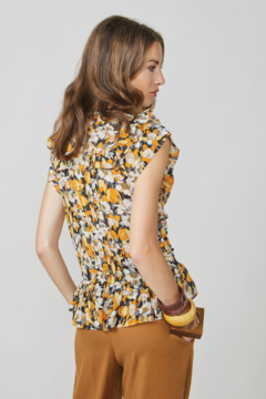Summum Sunny Flower Print Top - Alternate List Image