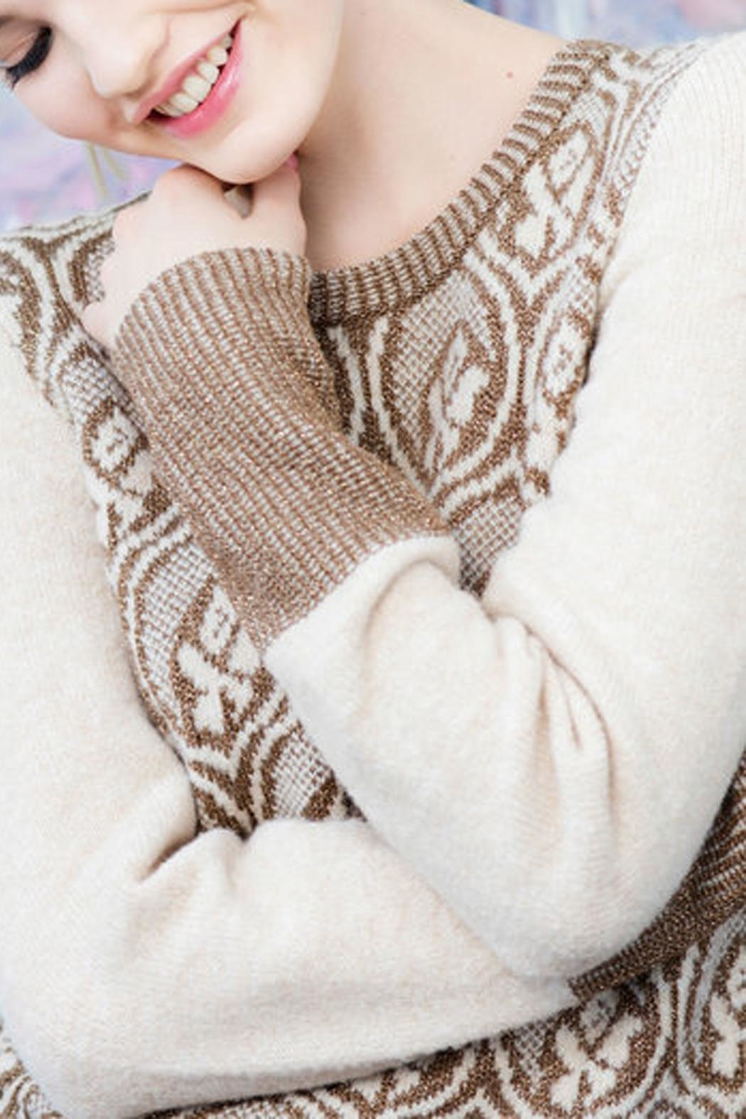 Dame Blanche Anvers Super Soft Sweater - Front Full Image