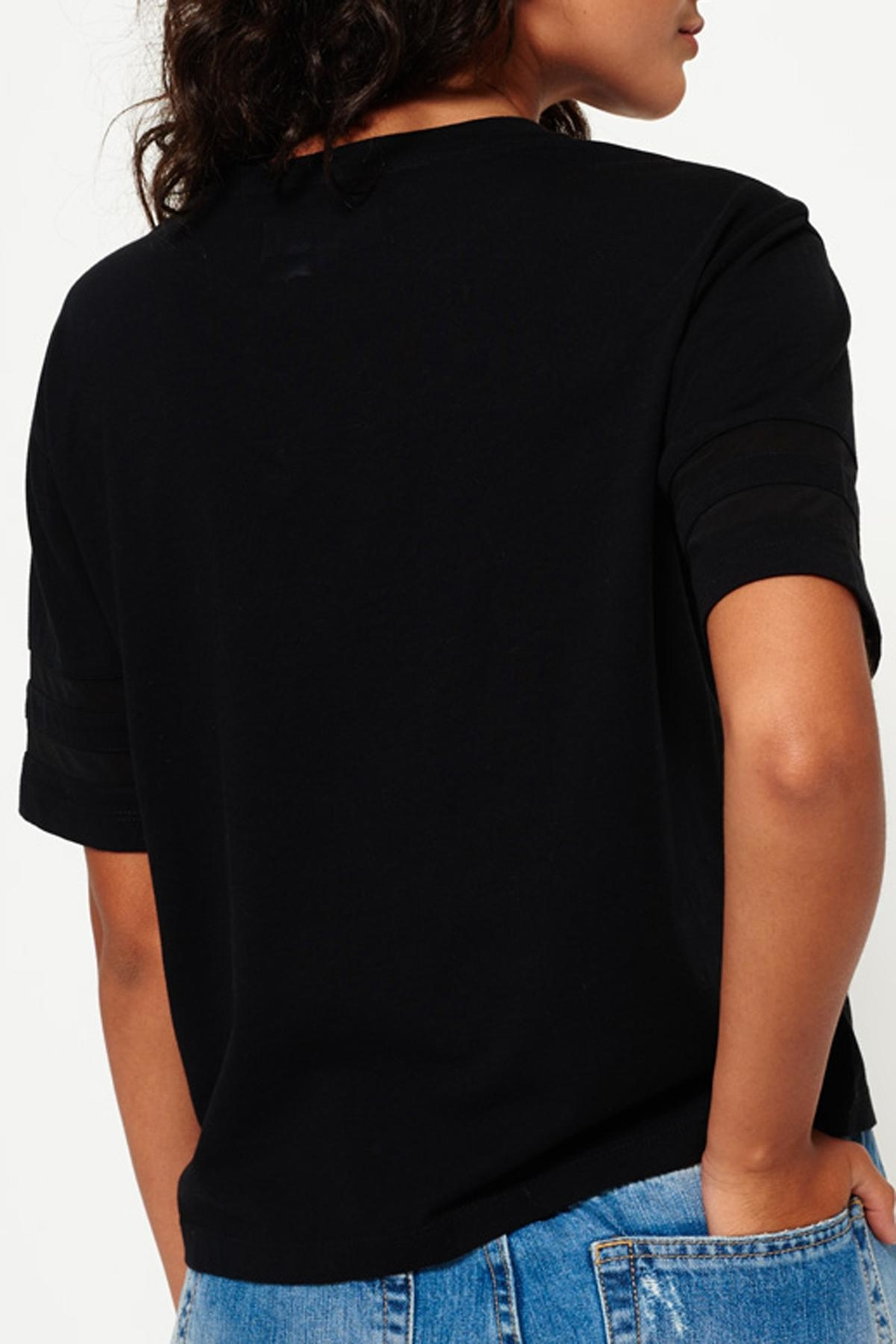 Superdry Mesh Panelled Tee - Side Cropped Image