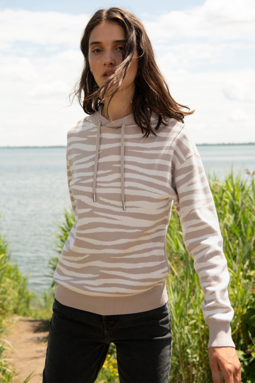 Soia & Kyo Sustainable Zebra Jacquard Knit Hoodie - Back Cropped Image