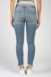 Articles of Society Suzy Montego Skinny - Side cropped