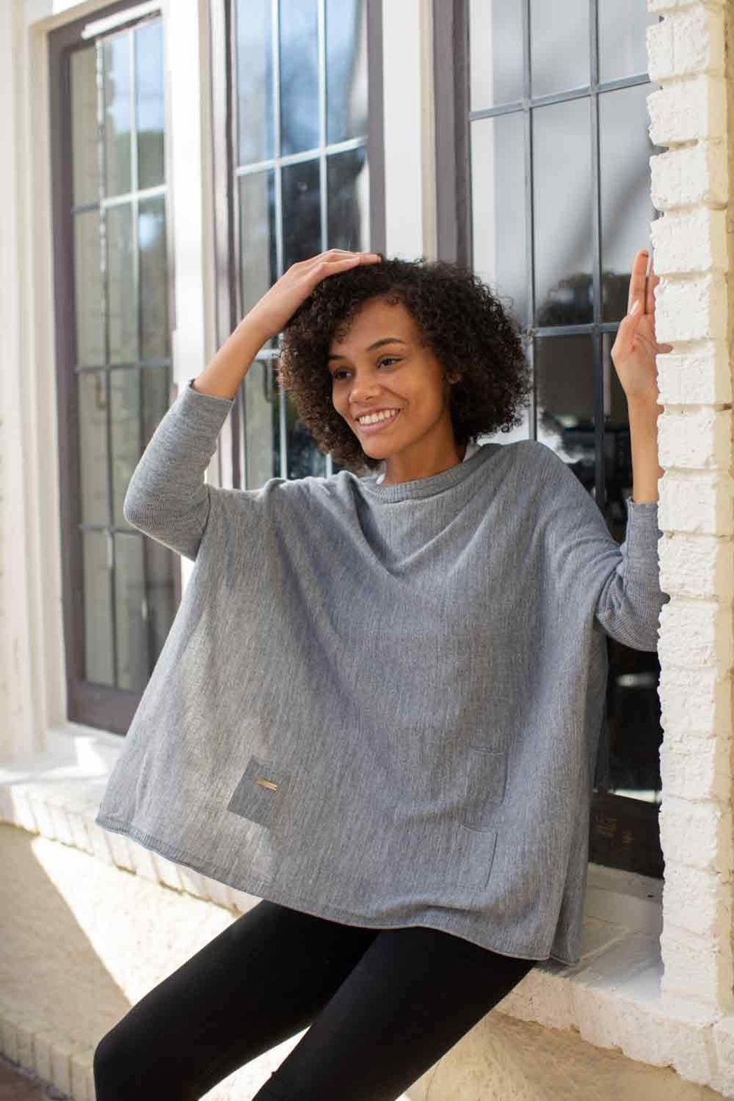 Mer Sea & Co Sweater Travel Wrap - Back Cropped Image