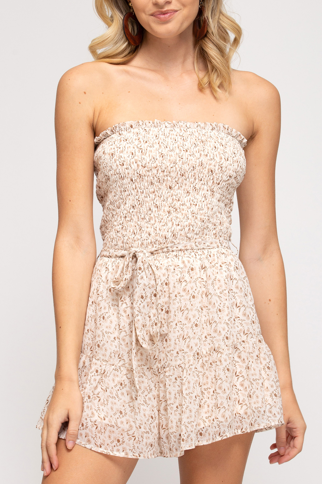 She and Sky Sweet Summertime romper - Front Cropped Image