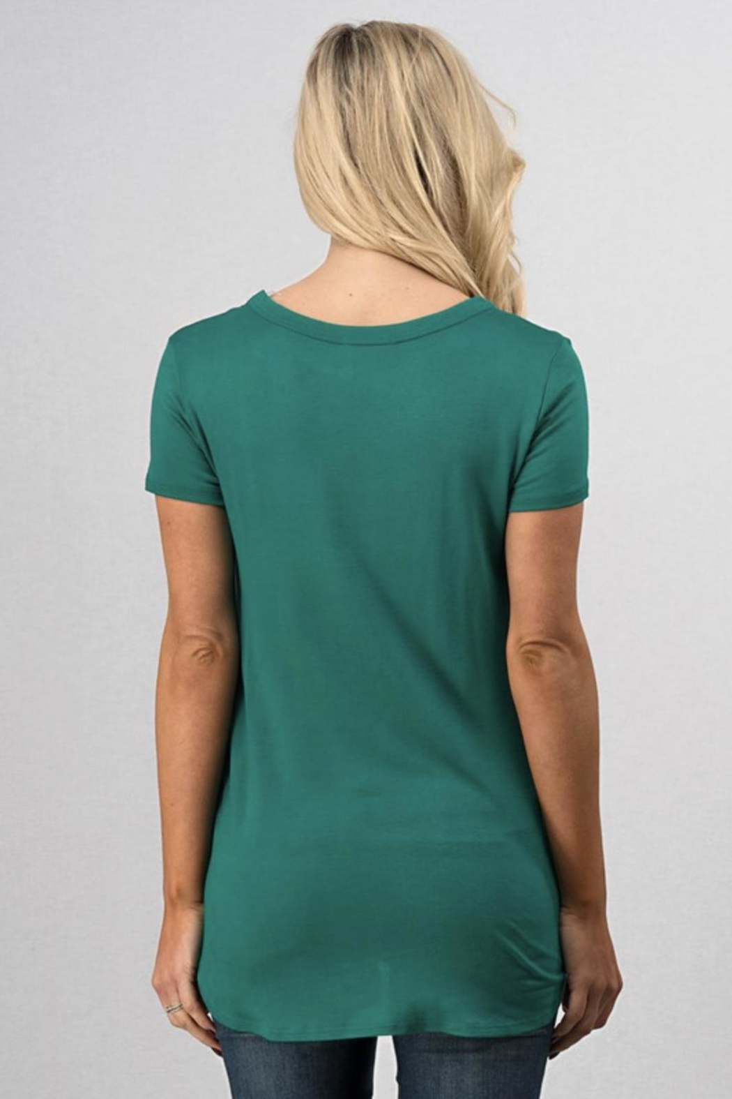 Sweet Claire Clover Grapic Tee - Side Cropped Image