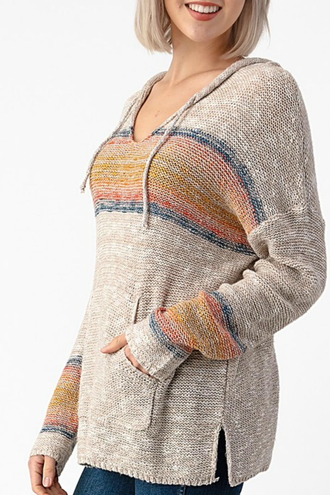 Sweet Claire Seaside Textured Hoodie - Side Cropped Image