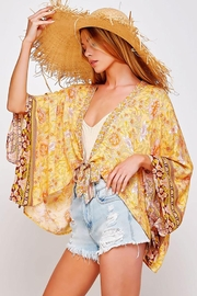 Sweet Generis Open Floral Print Kimono With Tie - Front cropped