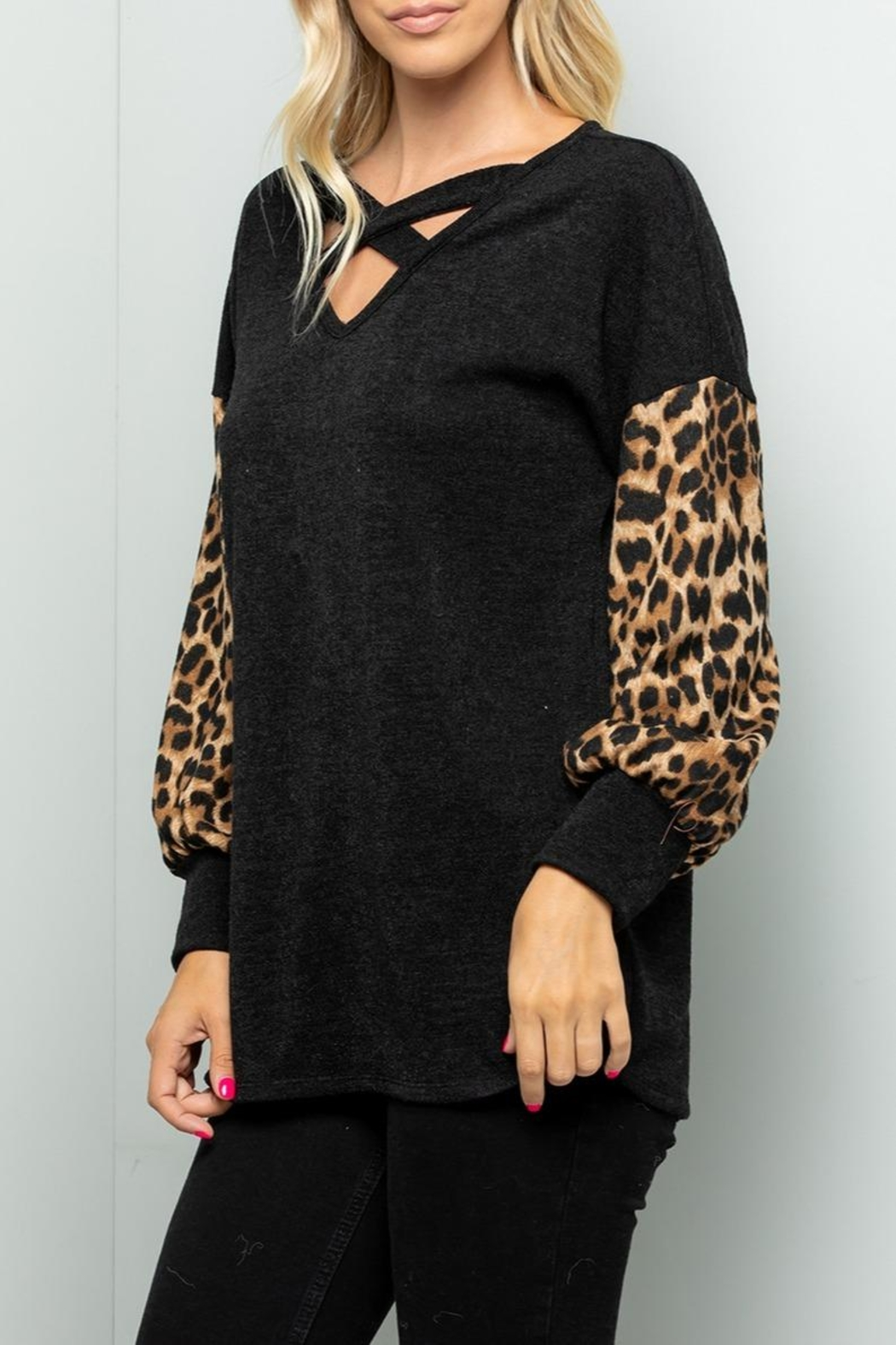 Sweet Lovely Black V-Neck Top - Side Cropped Image