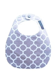Sweet Seraphina Gray Quatrefoil Bib - Front cropped