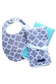 Sweet Seraphina Gray Quatrefoil Combo - Front cropped