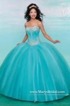 Mary's Bridal Sweetheart Ballgown - Product List Image