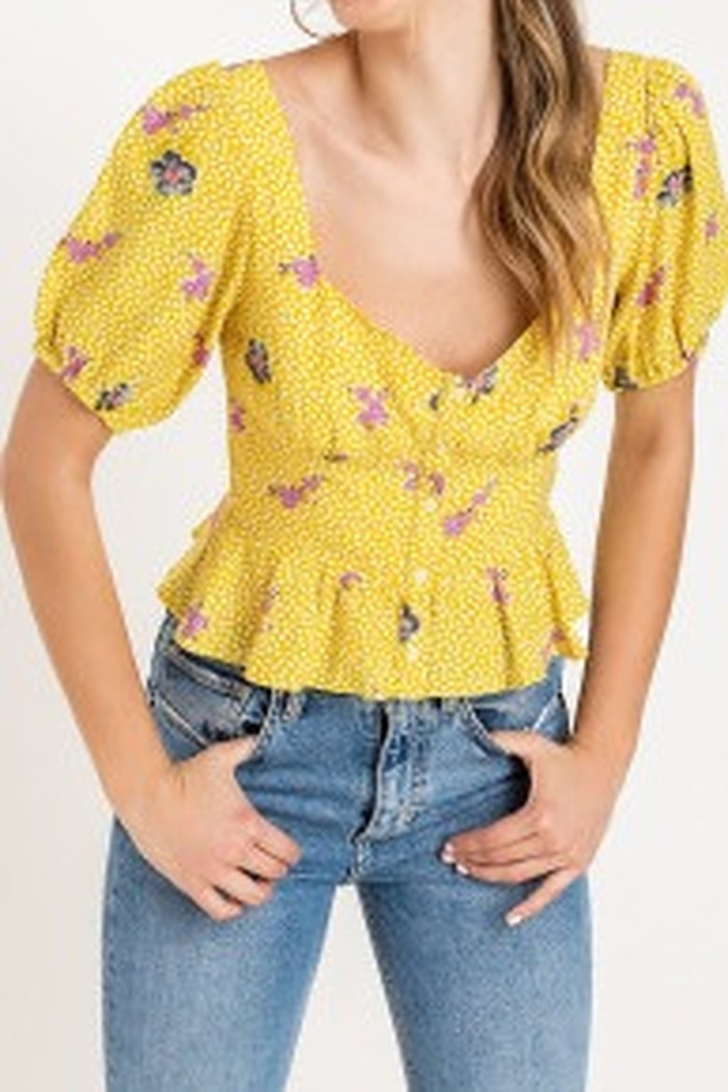 Lush  Sweetheart button top - Side Cropped Image
