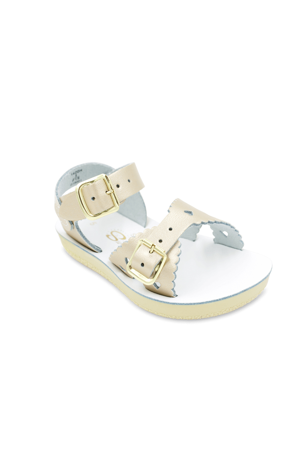 Hoy Shoes Sweetheart Salt Water Sandal - Front Cropped Image