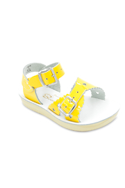 Hoy Shoes Sweetheart Sandal - Front cropped