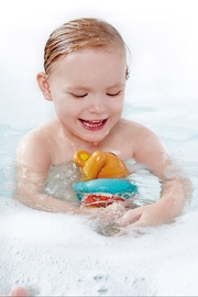 Hape Swimmer Teddy Wind-Up Toy - Side cropped