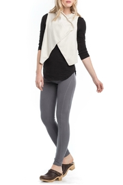 Synergy Organic Hug Me Vest - Front cropped