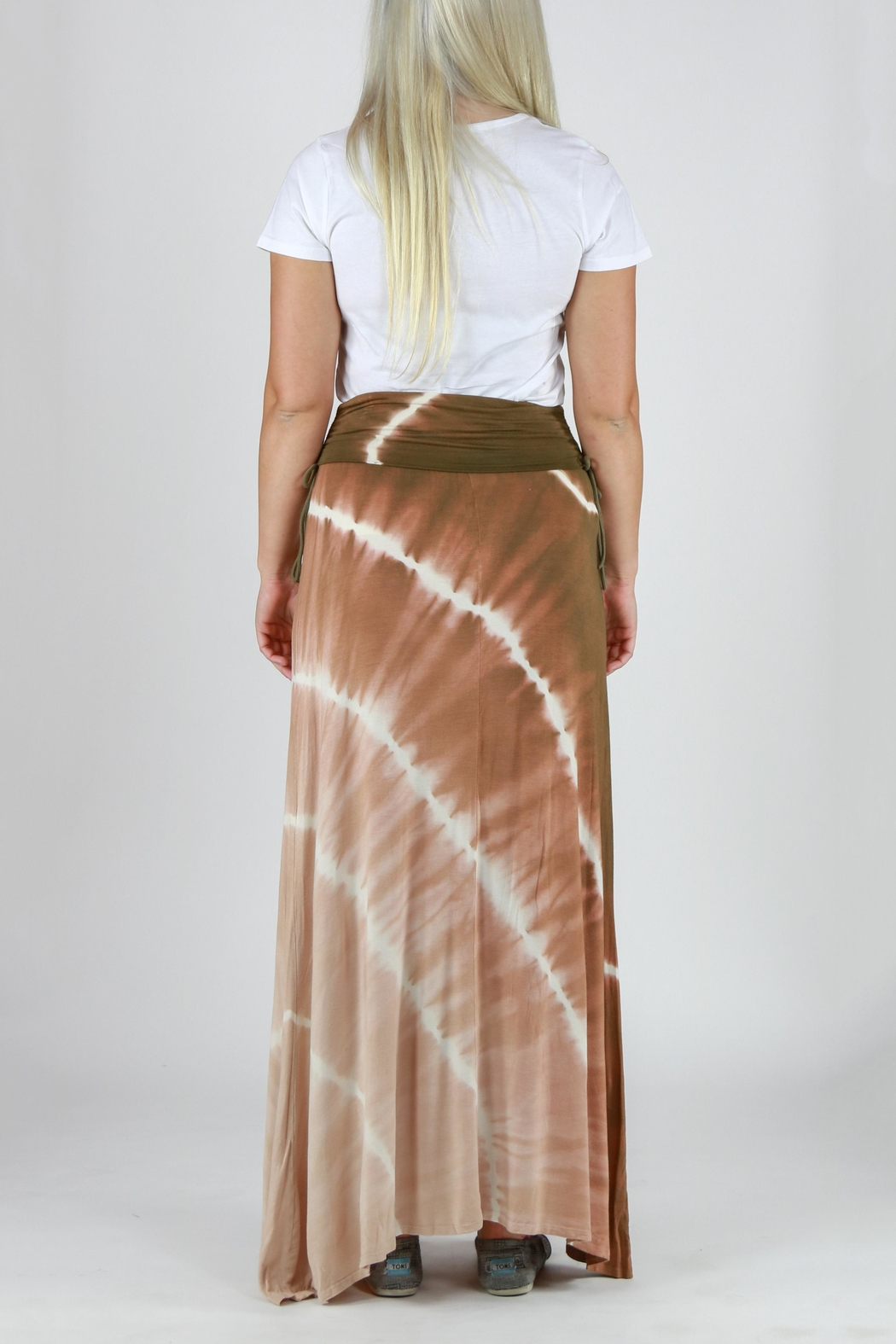 T-Party Fashion Tie Dye Maxi Skirt - Back Cropped Image