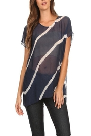 T Party Wavy Navy - Side cropped
