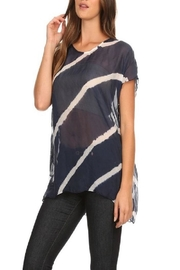 T Party Wavy Navy - Front cropped