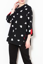 Talk of the Walk Geometric Cowl Top - Front cropped