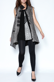 Talk of the Walk Optical Print Vest - Front full body