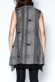 Talk of the Walk Optical Print Vest - Back cropped