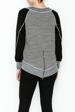 Talk of the Walk Solid Stripe Top - Alternate List Image
