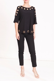 Talk of the Walk The Grommet Top - Front cropped
