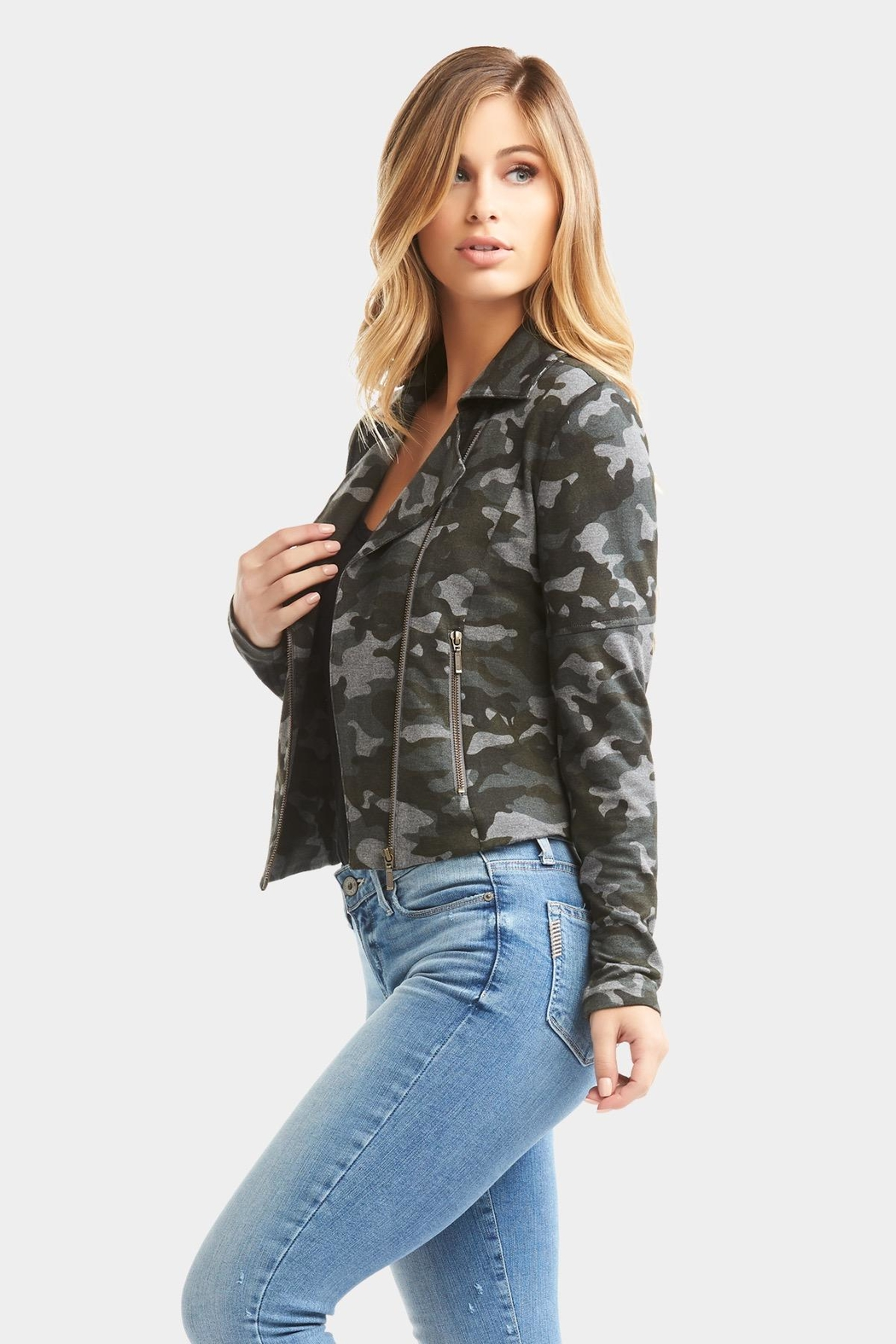 Tart Collections Gracia Camo Jacket - Back Cropped Image